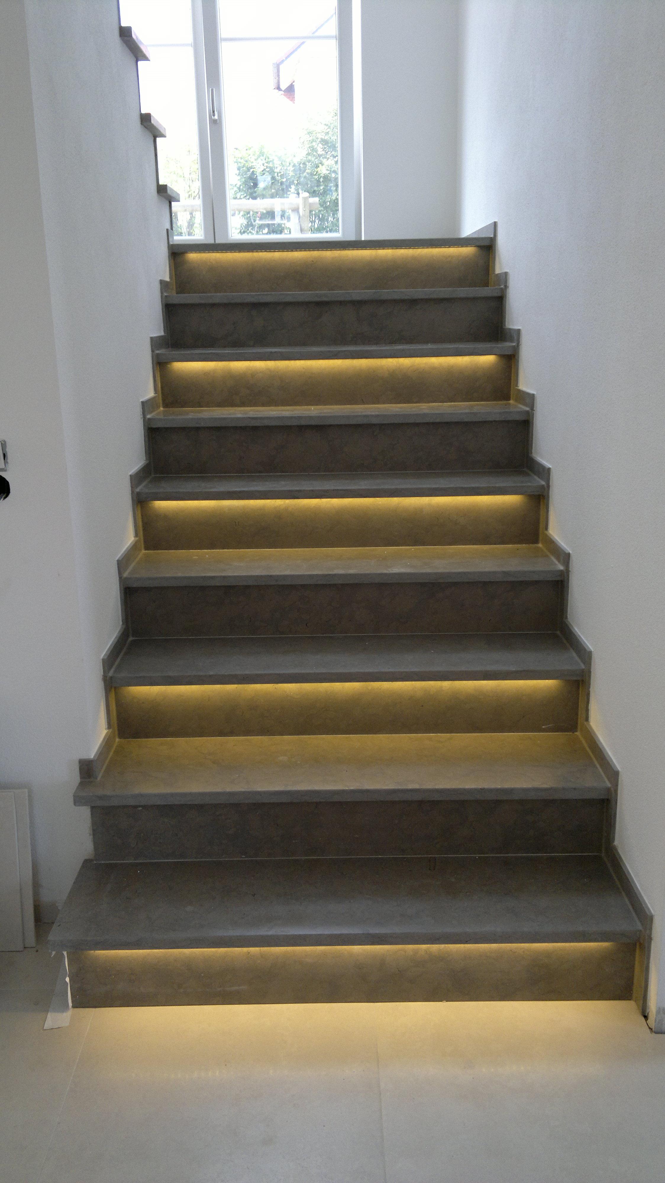 LED Treppen Beleuchtung: GS-LED - Individuelle LED-Technik ...